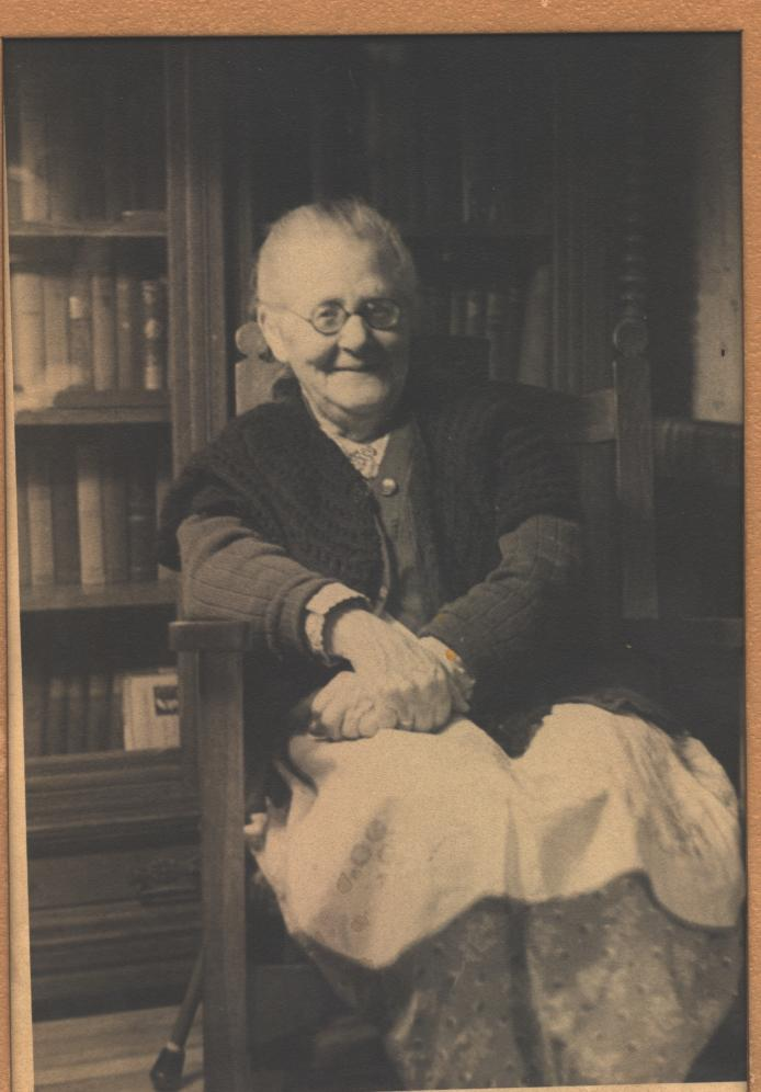 Mary Carolyn Page Allen in her library at home.